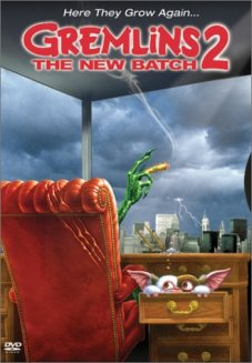 https://mysterybabalon.files.wordpress.com/2011/02/gremlins-2-the-new-batch-cover-31.jpg