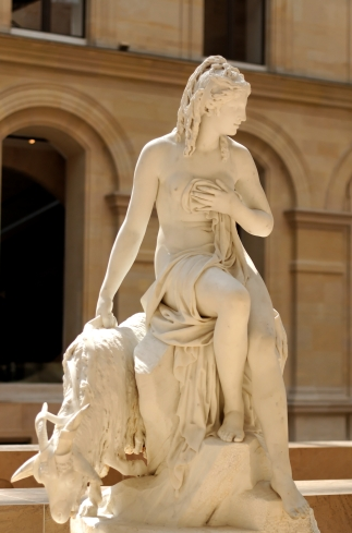 Amalthea_Julien_Louvre_CC230